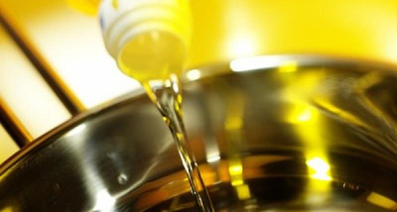 giá các loại dầu ăn cho bé