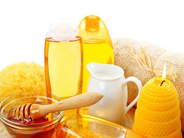Chọn mua mật ong ở nơi uy tín chất lượng để tránh mua phải loại mật ong giả pha đường