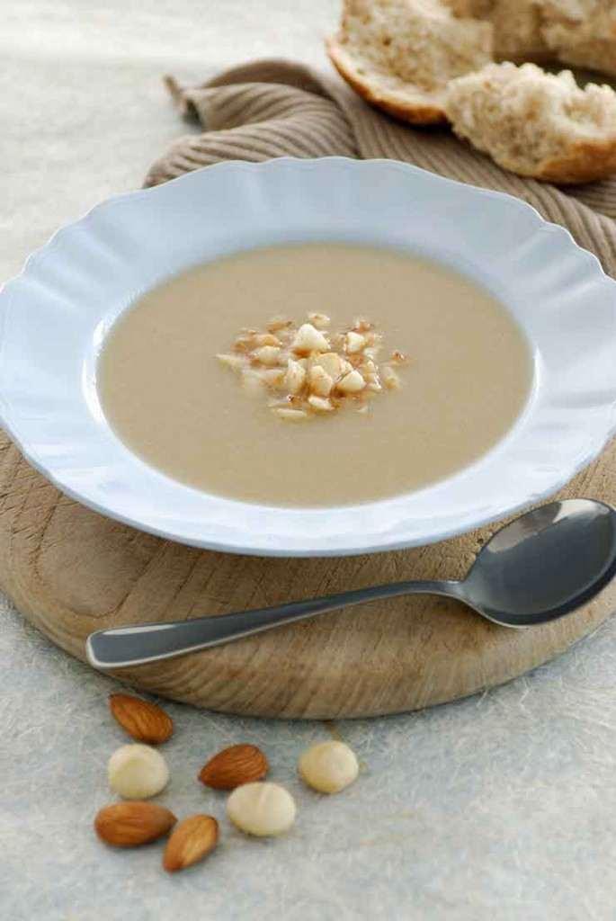Cháo macca là món ăn thơm ngon bổ dưỡng cho trẻ